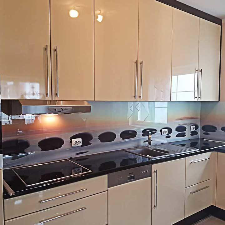 dekorativna obloga-kaljeno staklo-kuhinja-zid kuhinje-po meri-beograd