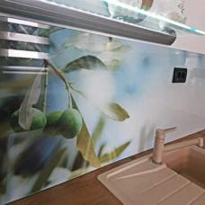 dekorativna staklena obloga-kaljeno staklo-zid kuhinje-moderno-po meri-lako odrzavanje